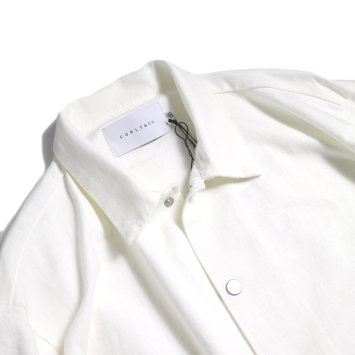 CURLY / Delight Coach Jacket -White 襟元