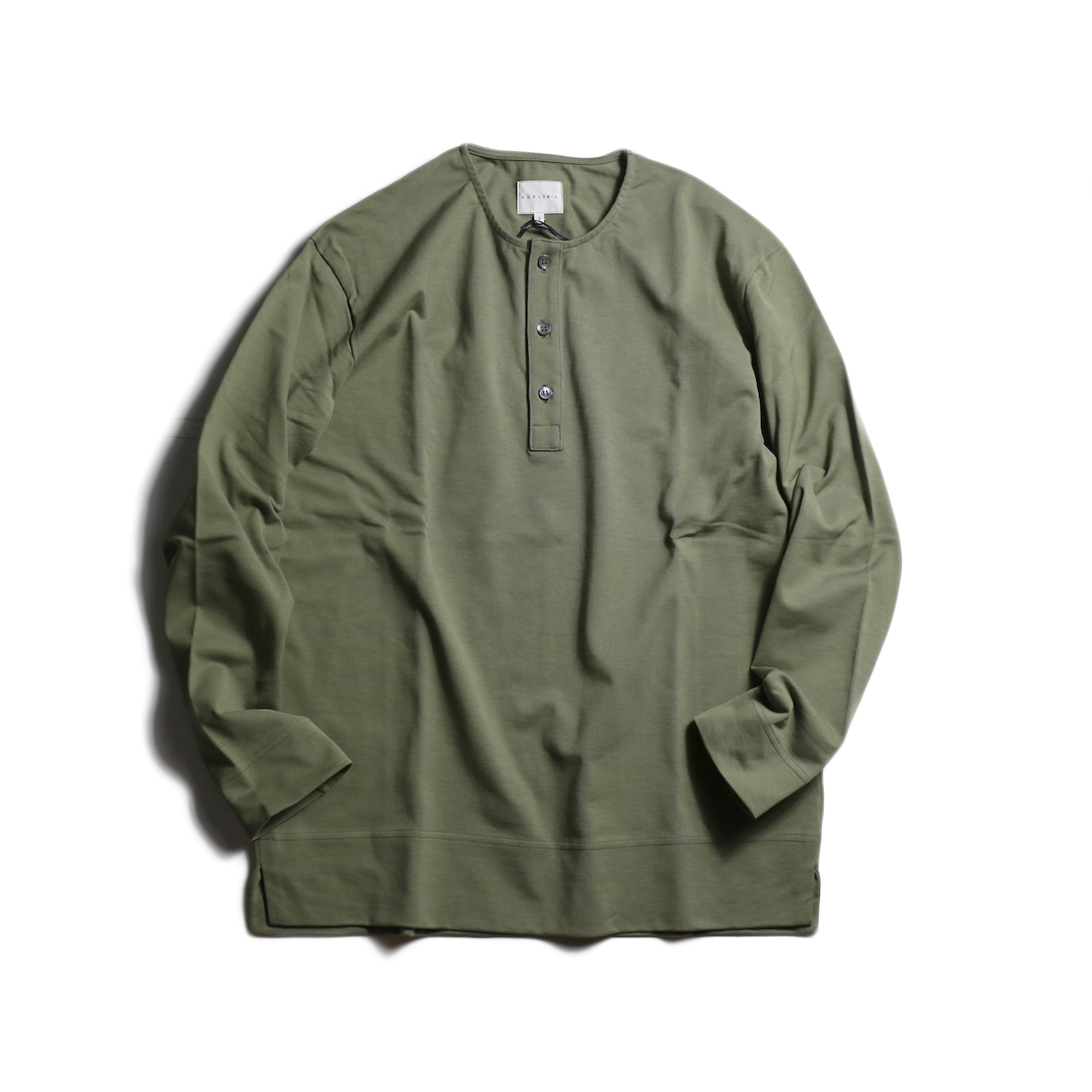 CURLY / CLOUDY 3B LS HENLEY (Olive)