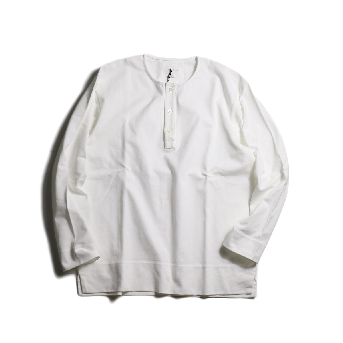 CURLY / CLOUDY 3B LS HENLEY (White)