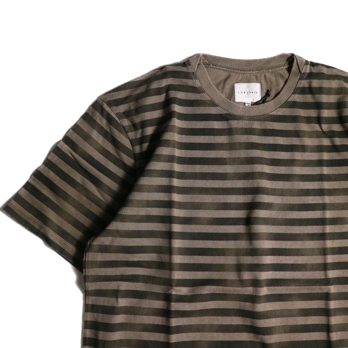 CURLY / FROSTED SS BORDER TEE (Beige/Black)クルーネック