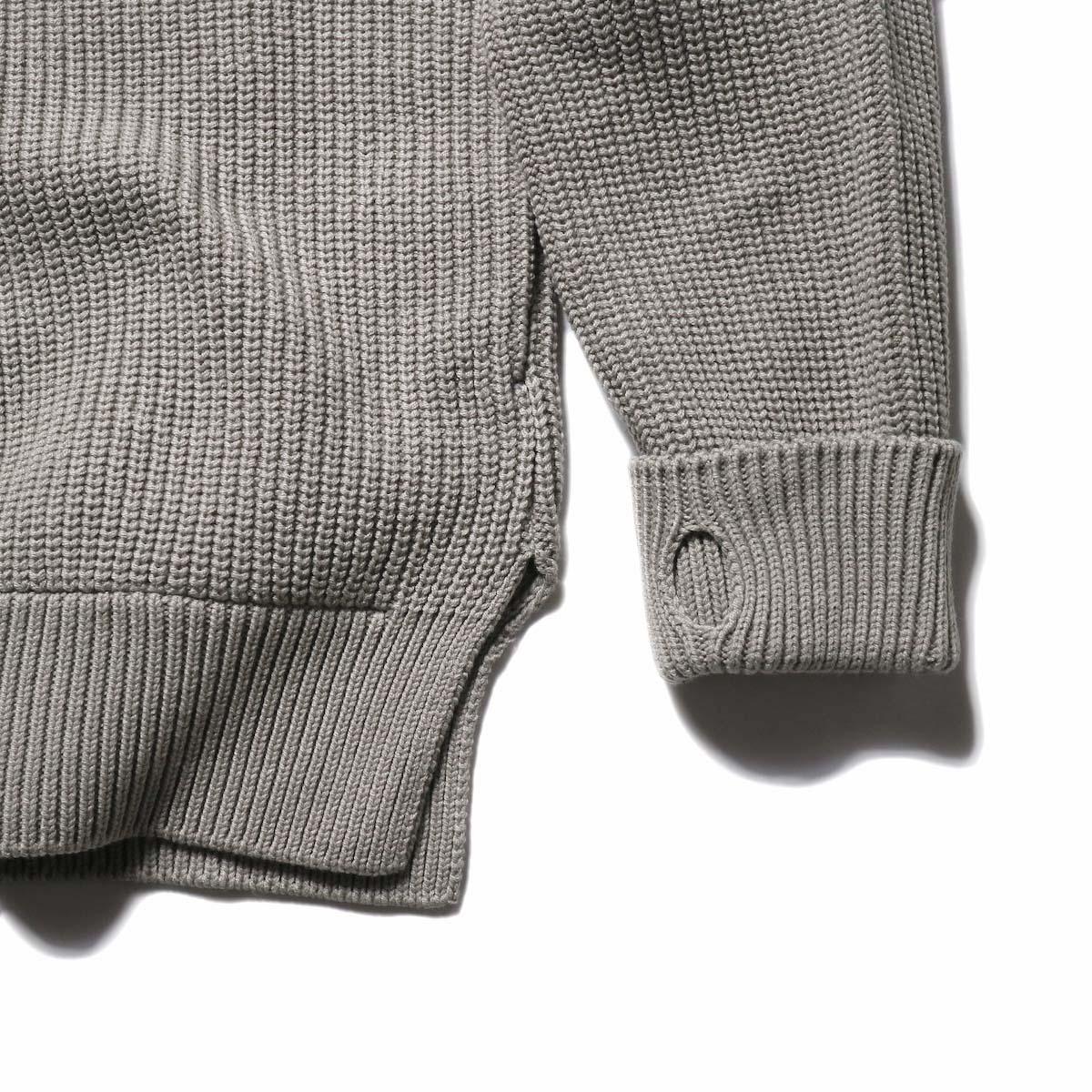 CURLY / AZTEC CN SWEATER (DarkBeige)袖、襟