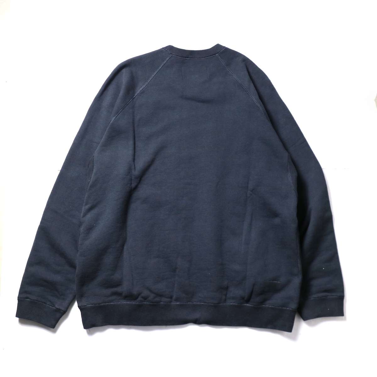 CURLY / FROSTED CREW SWEAT (D.Navy)背面