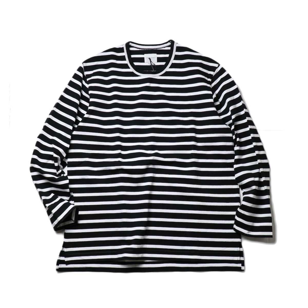 CURLY / SALFORD L/S BORDER TEE (Black / White)正面