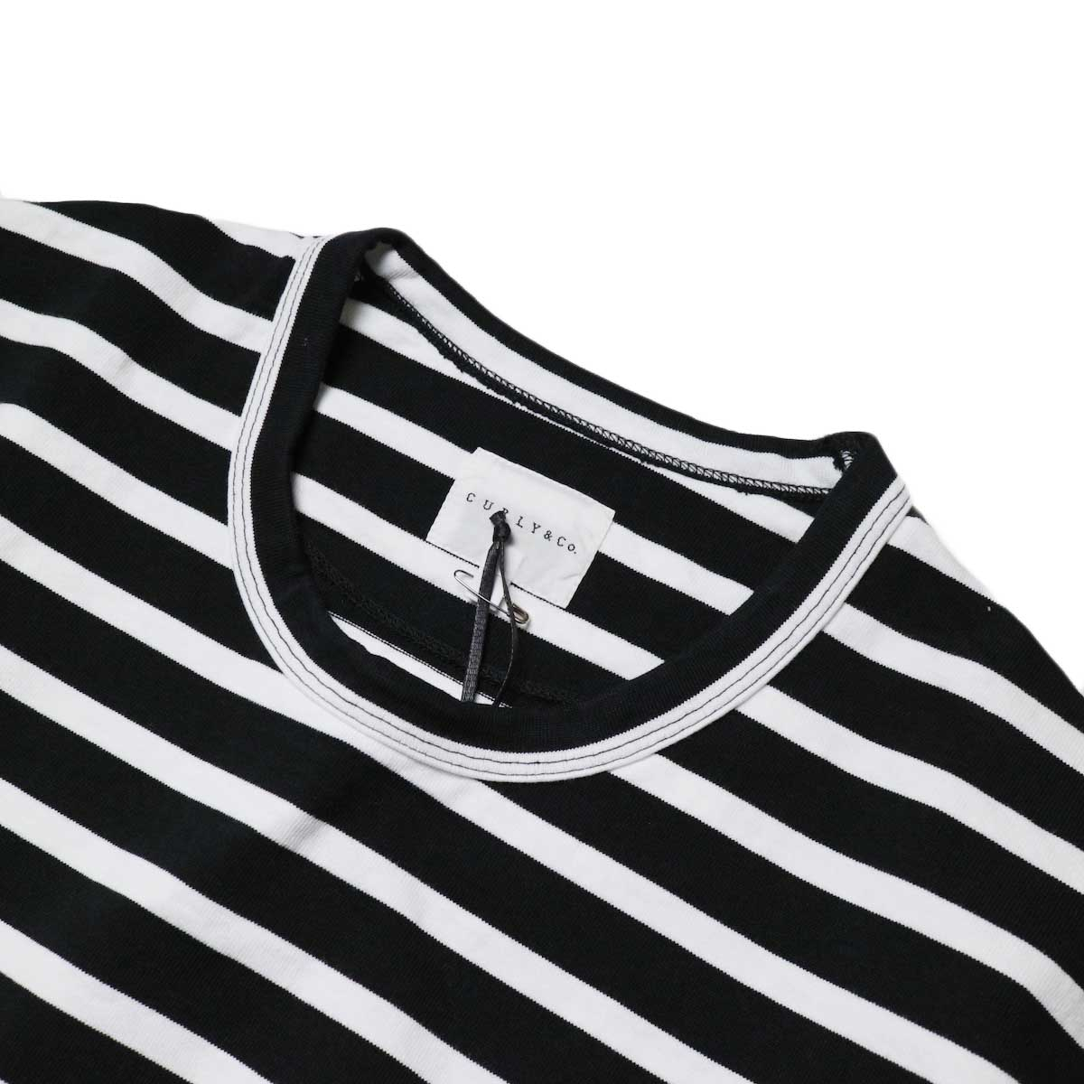CURLY / SALFORD L/S BORDER TEE (Black / White)襟、バインダーネック
