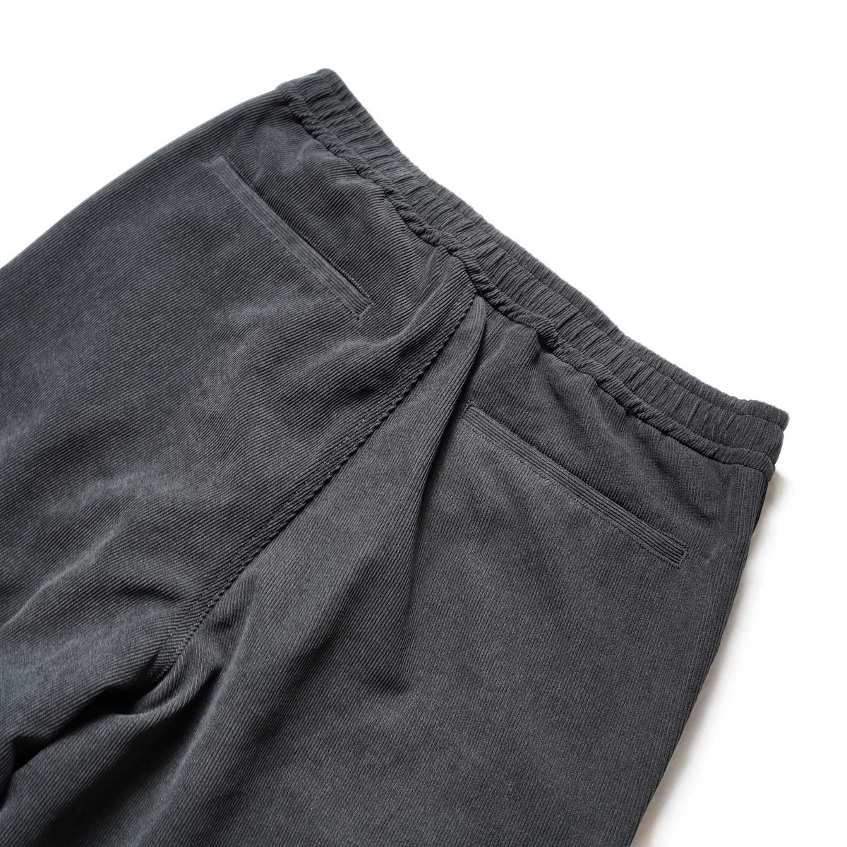 DAIWA PIER39 / TECH CORDUROY EASY TROUSERS (Black)ヒップポケット
