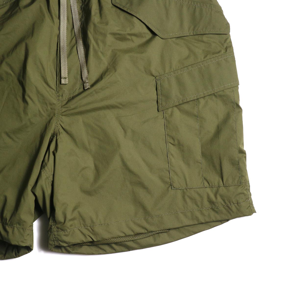 DAIWA PIER39 / Micro Rip-Stop Easy 6P Shorts (Dark Olive) ポケット