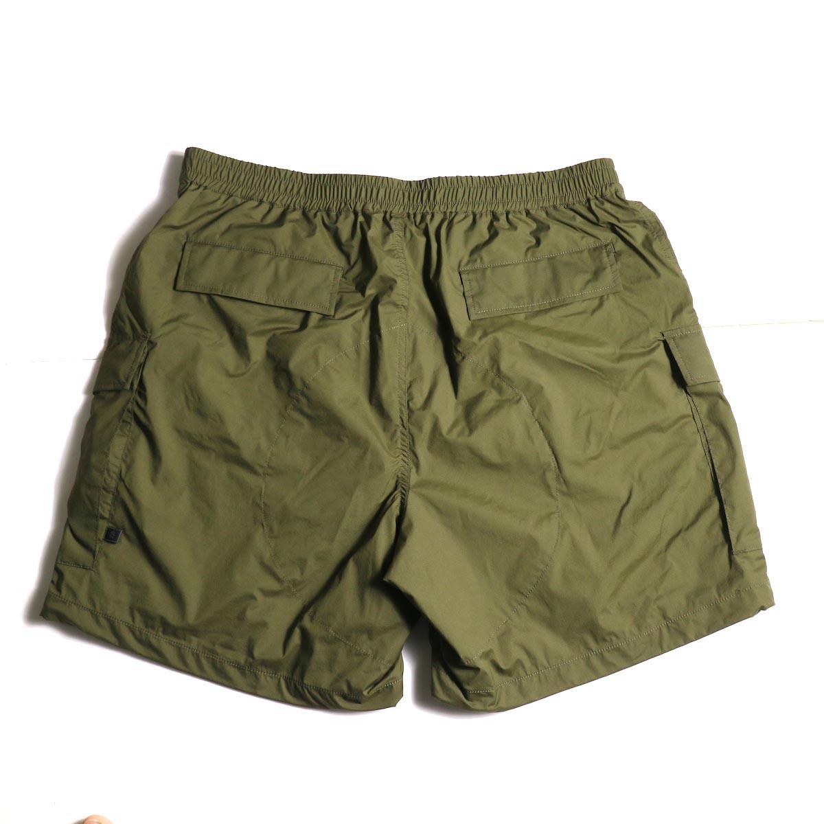 DAIWA PIER39 / Micro Rip-Stop Easy 6P Shorts (Dark Olive) 背面