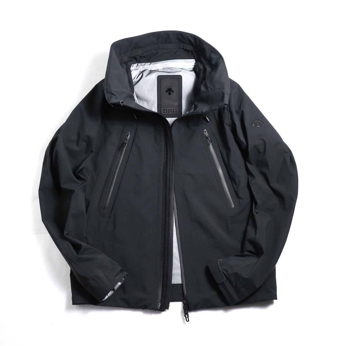 "DESCENTE ALLTERAIN / Hard Shell Jacket ""CREAS""  フロントオープン"