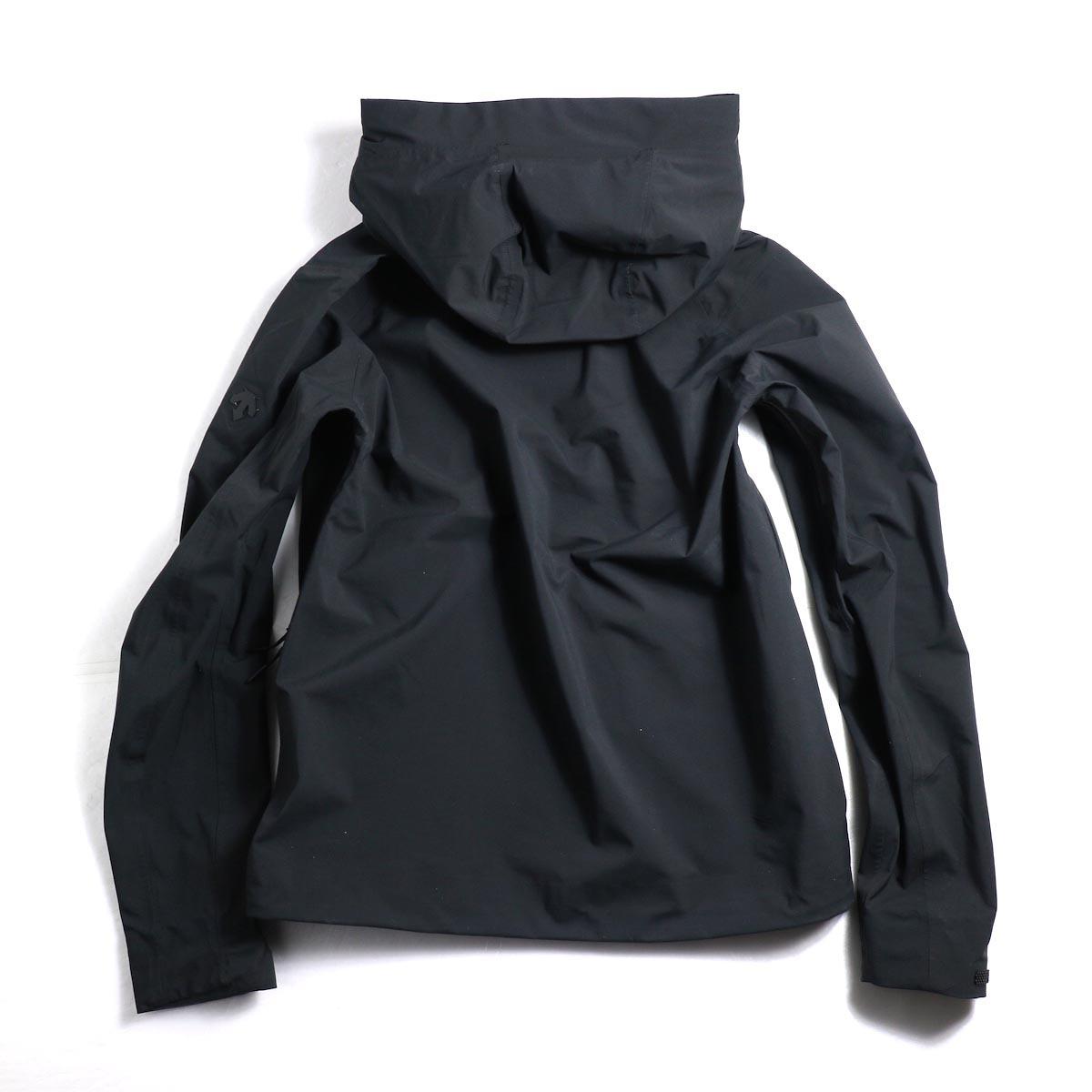 "DESCENTE ALLTERAIN / Hard Shell Jacket ""CREAS""  背面"
