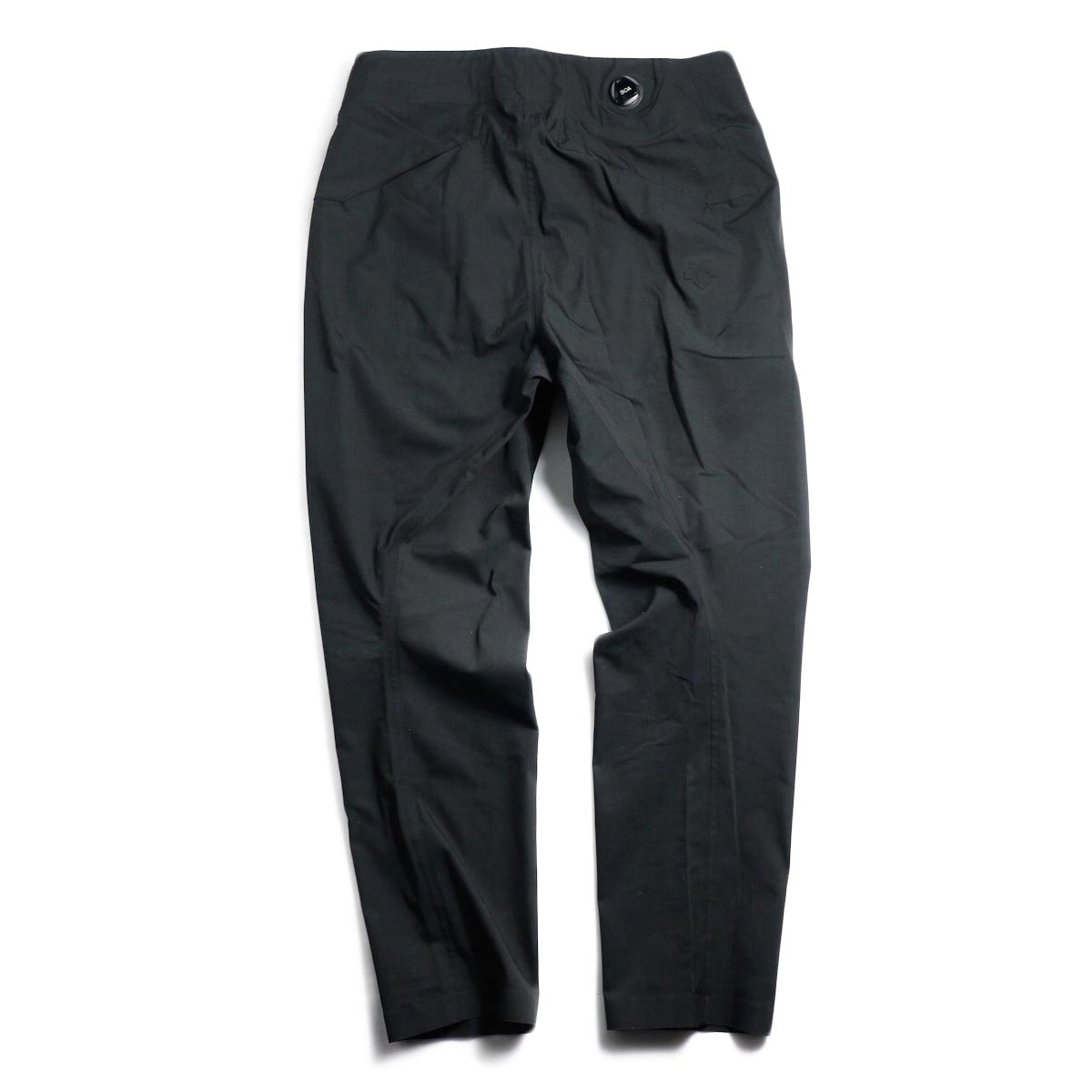 DESCENTE ALLTERAIN / Boa Long Pants Tapered Fit -Black 背面