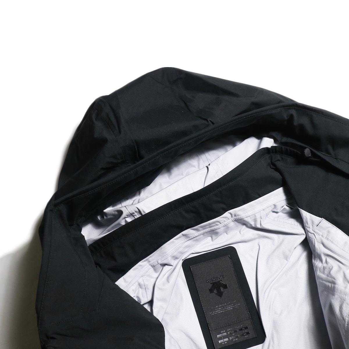 "DESCENTE ALLTERAIN / Hard Shell Jacket ""CREAS""  デュアルベンチレーションシステム"