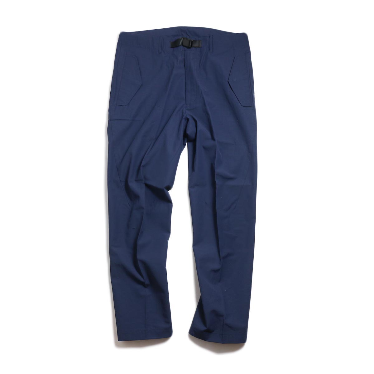 DESCENTE ddd / UNIFIT PANTS -NAVY 正面