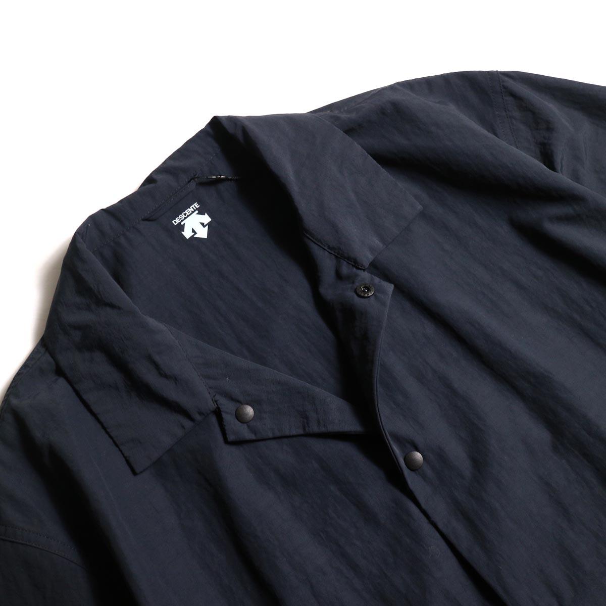 DESCENTE ddd / COACH SHIRT (Black)襟周り