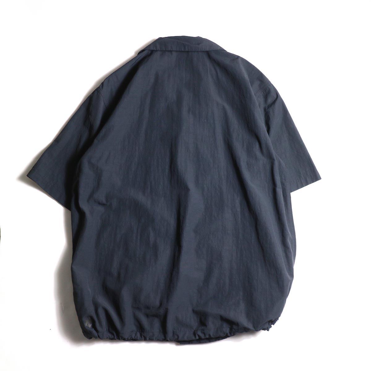 DESCENTE ddd / COACH SHIRT (Black)背面