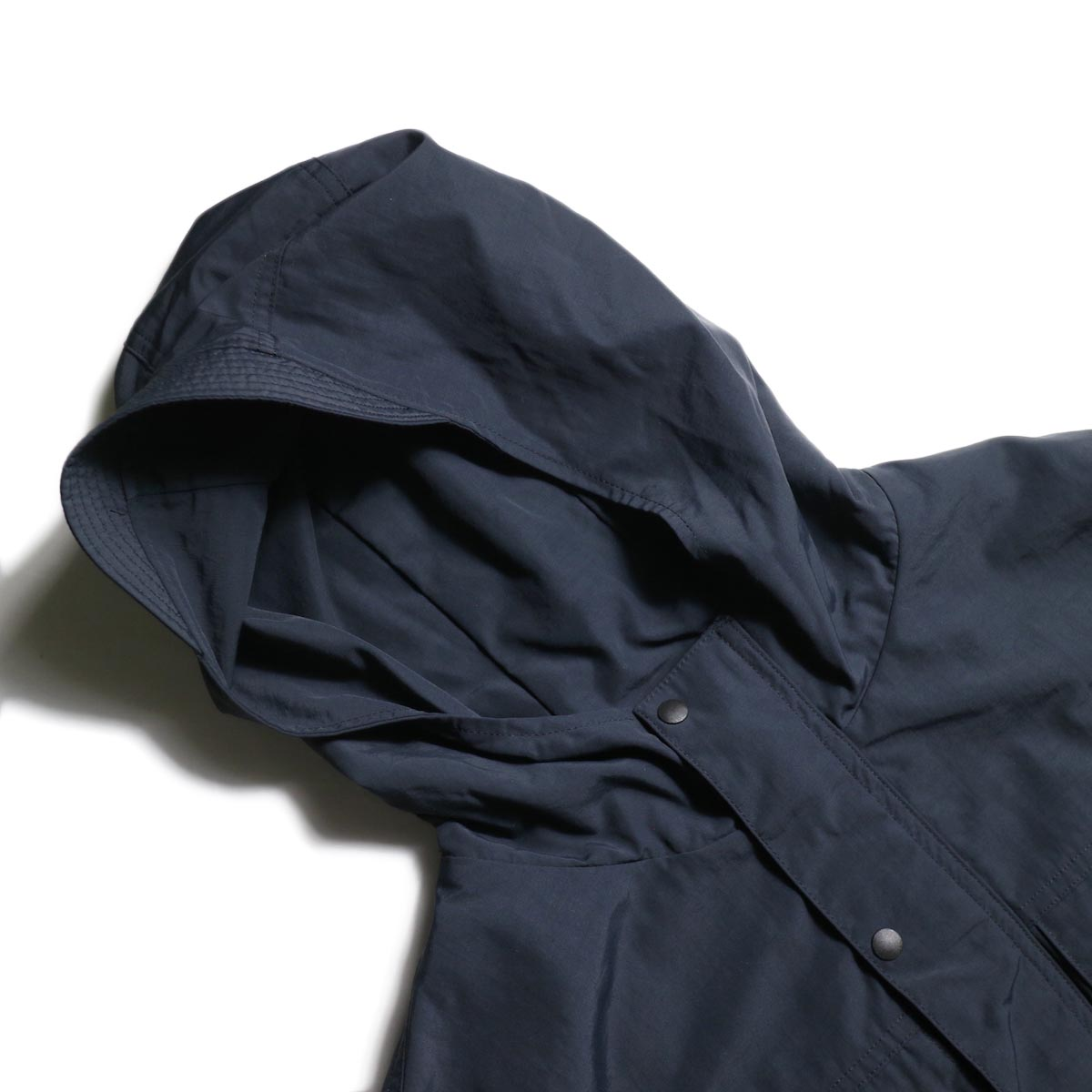 DESCENTE ddd /  PULLOVER JACKET (Black)フード