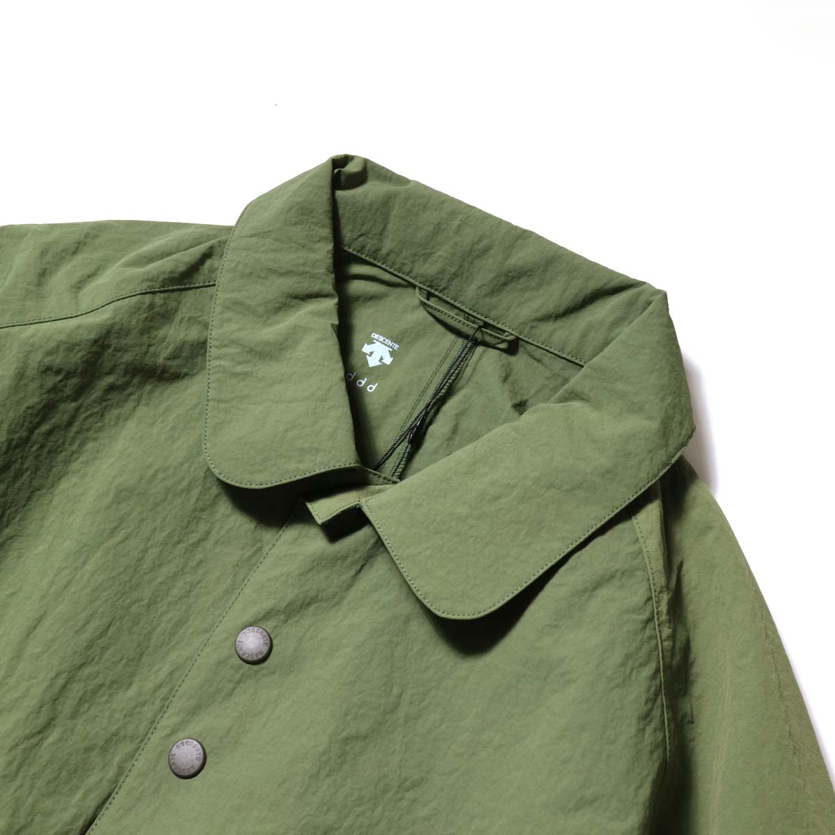DESCENTE ddd / SWING COACH JACKET (Khaki)襟