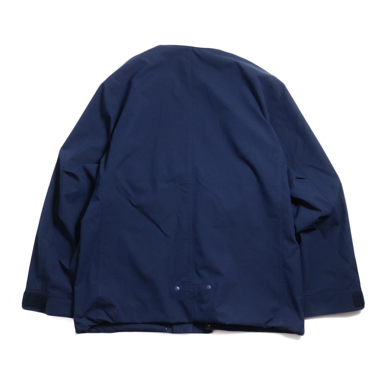 DESCENTE ddd / Utility Jacket -Navy 背面