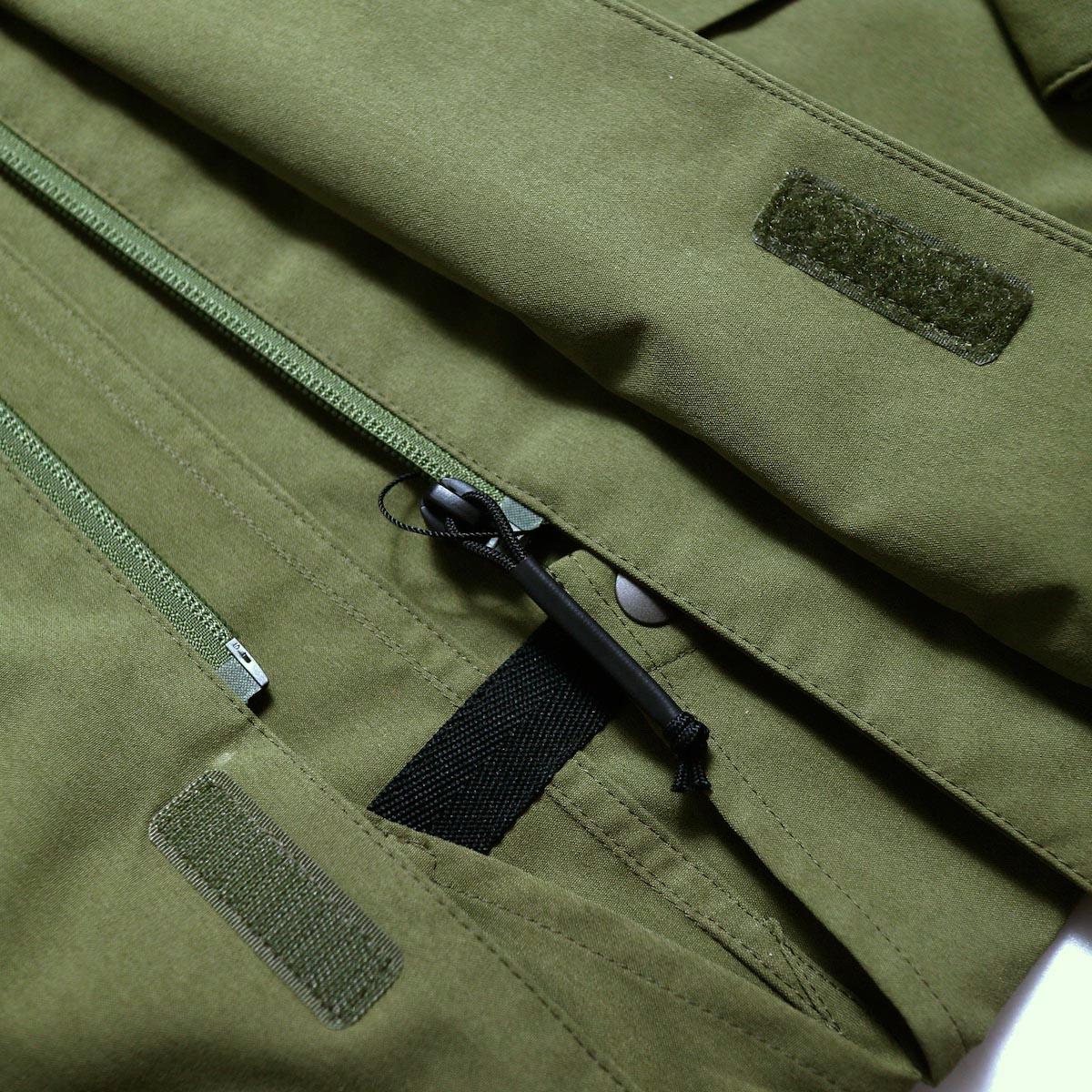 DESCENTE ddd / Utility Jacket -OLIVE ファスナー引手