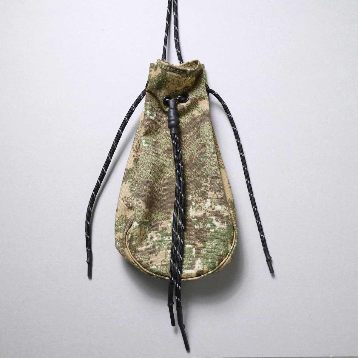 吉岡衣料店 / drawstring bag -S-. (camo)(B)