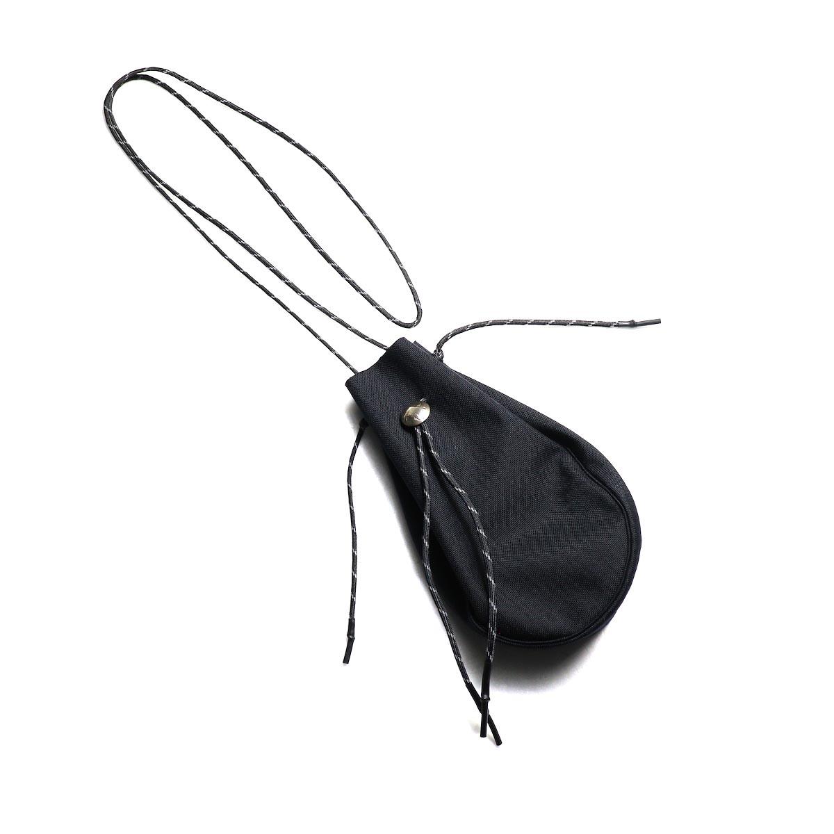吉岡衣料店 / drawstring bag -S-. w/concho. (Black)