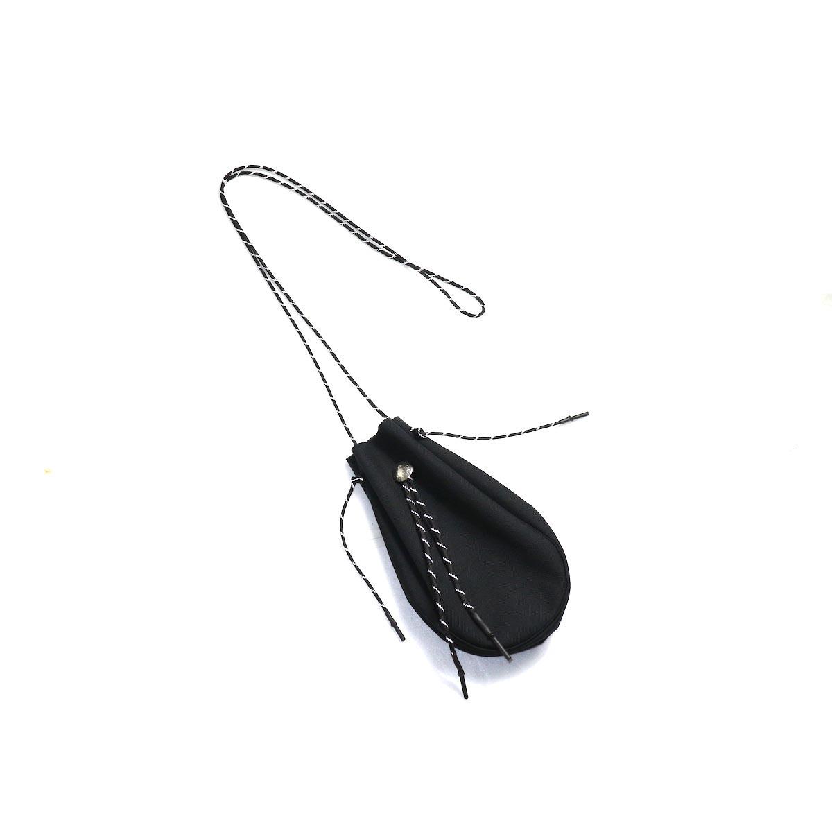 吉岡衣料店 / drawstring bag -S-. w/concho. (Black)正面