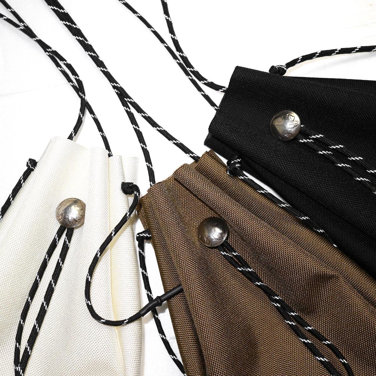 吉岡衣料店 / drawstring bag -S-. w/concho. (Black) 3色アップ