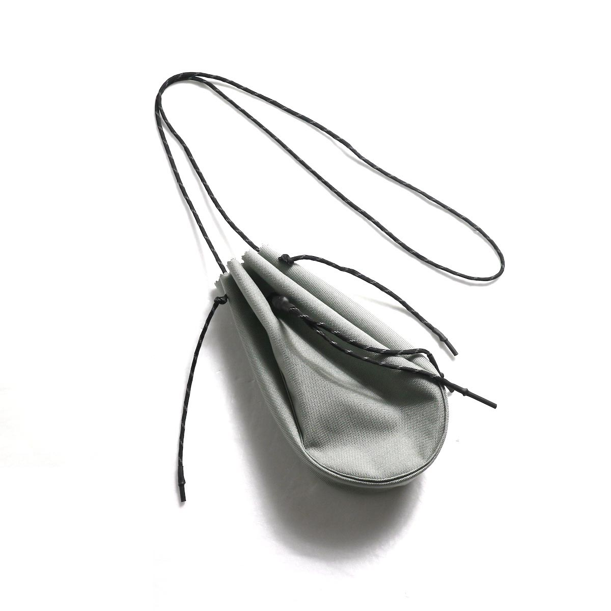 吉岡衣料店 / drawstring bag -S-. (Gray)