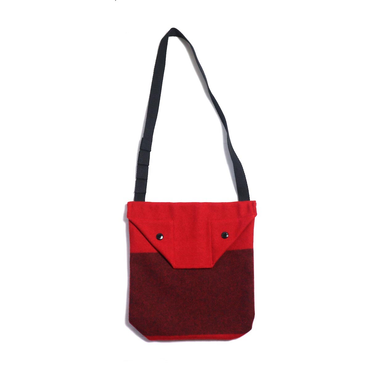 Engineered Garments / Shoulder Pouch - Big Plaid Wool Melton (Black)Engineered Garments / Shoulder Pouch - Big Plaid Wool Melton (Red)