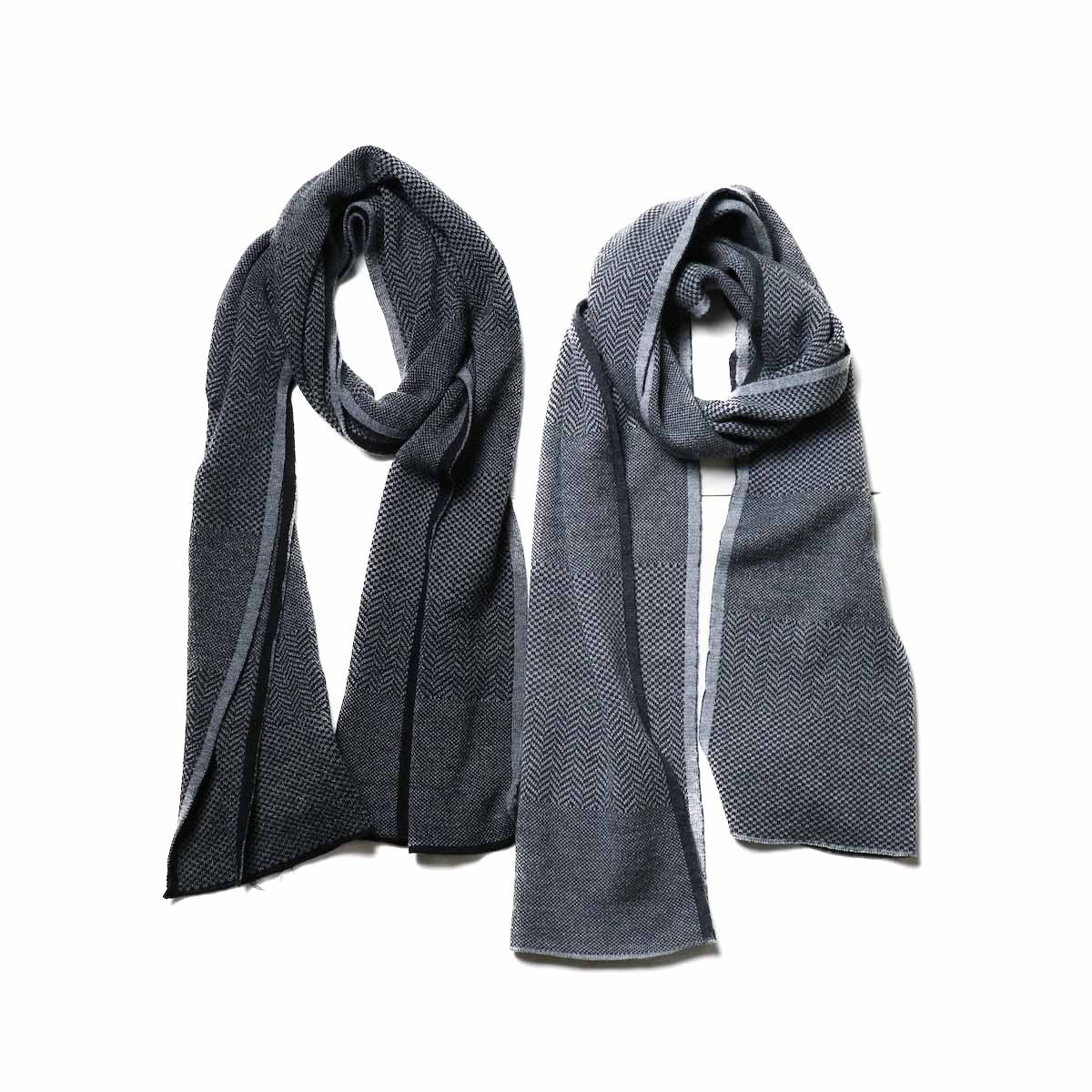 Engineered Garments / Knit Scarf - Wool HB (左:チャコール / 右:グレー)