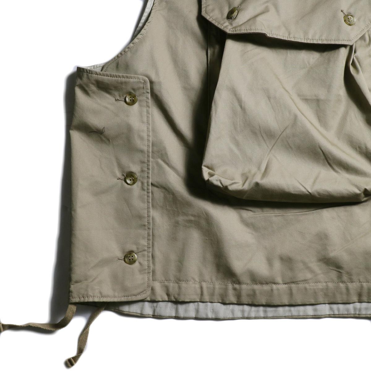 Engineered Garments / Cover Vest -High Count Twill (Khaki) サイドボタン