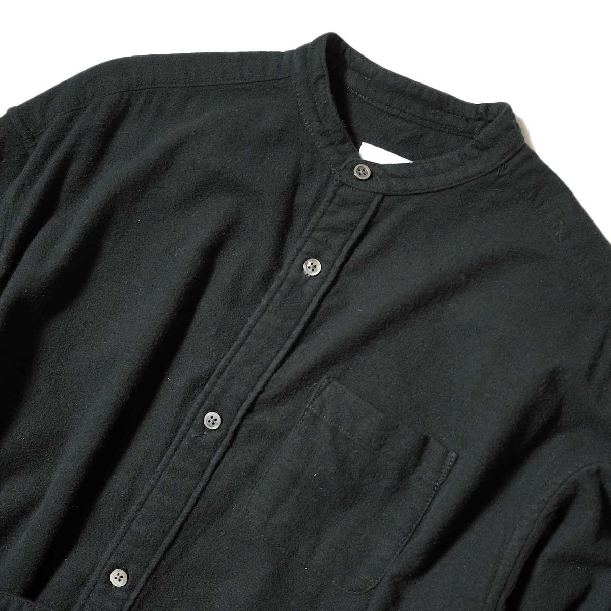 Engineered Garments / Banded Collar Dress (Black Solid Cotton Flannel) フロント