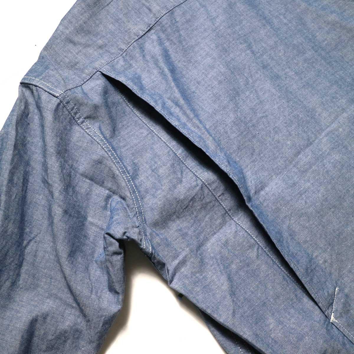 Engineered Garments / Bowling Shirt-Cotton Chambray (Blue)アクションプリーツ