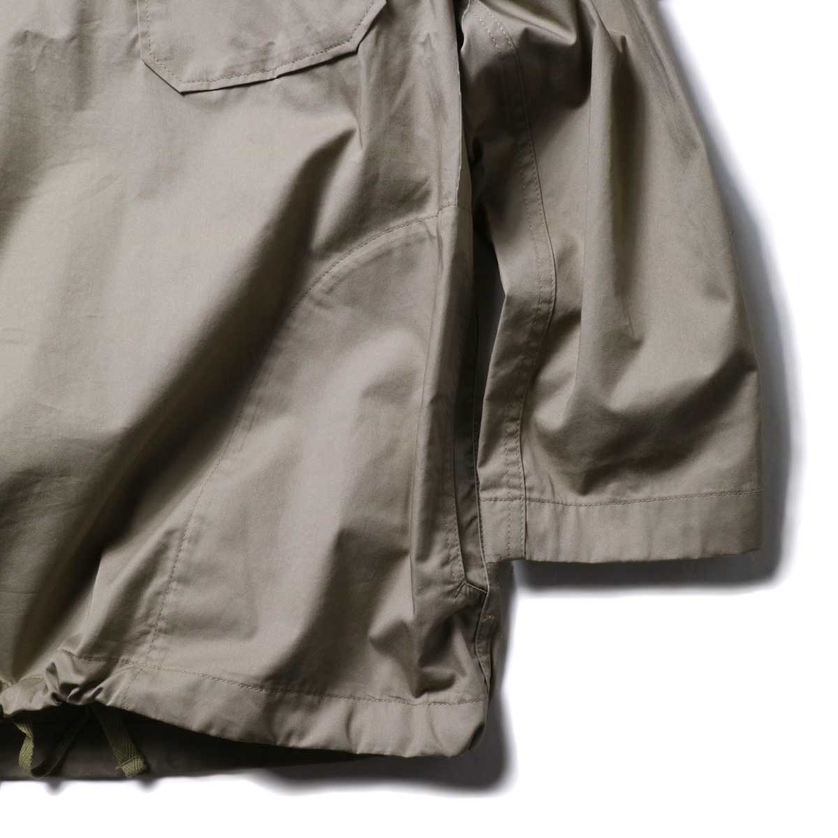 Engineered Garments / Cagoule Shirt -High Count Twill (Khaki)ポケット、袖