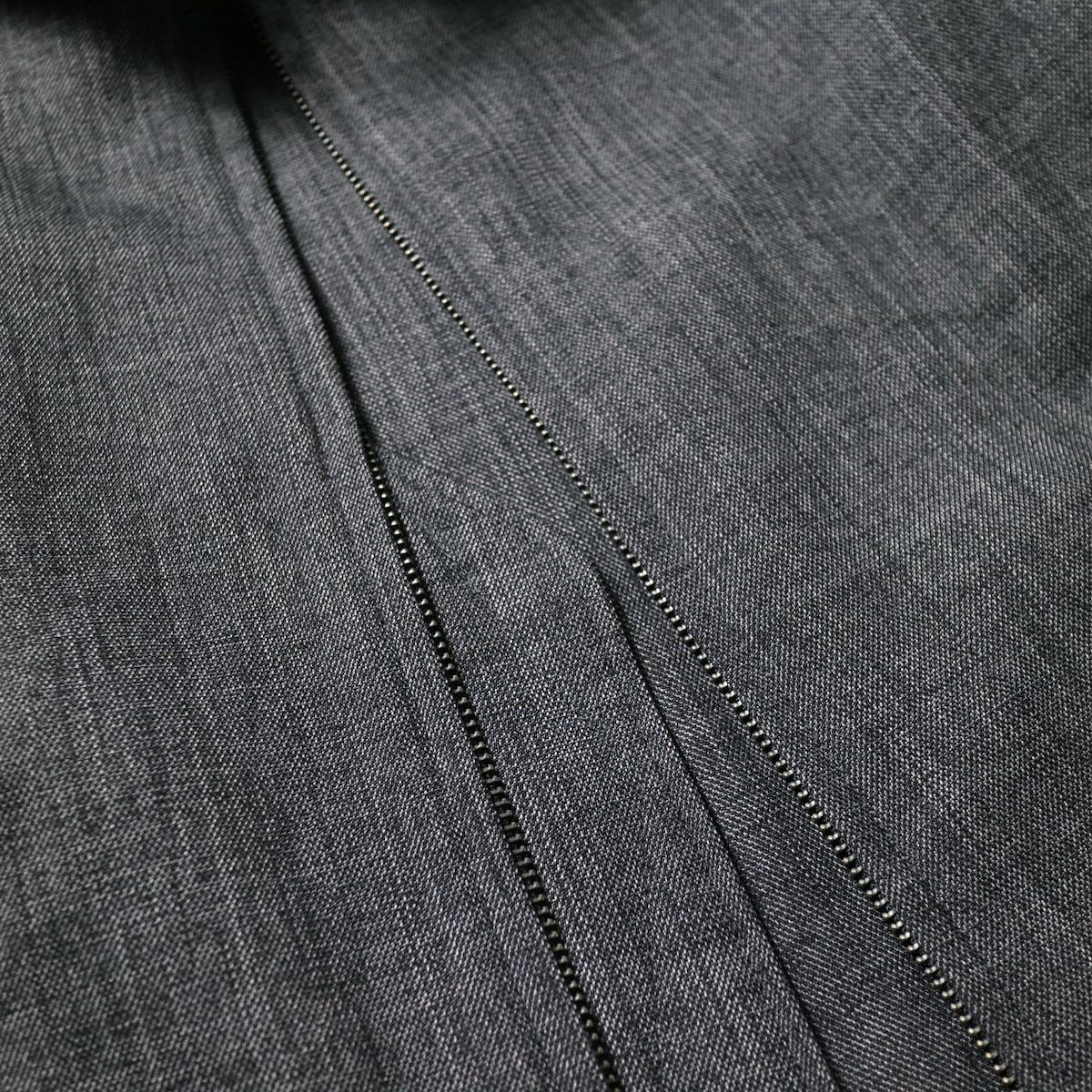 Engineered Garments / Claigton Jacket - Polyester Sharkskin (Charcoal)zip部分