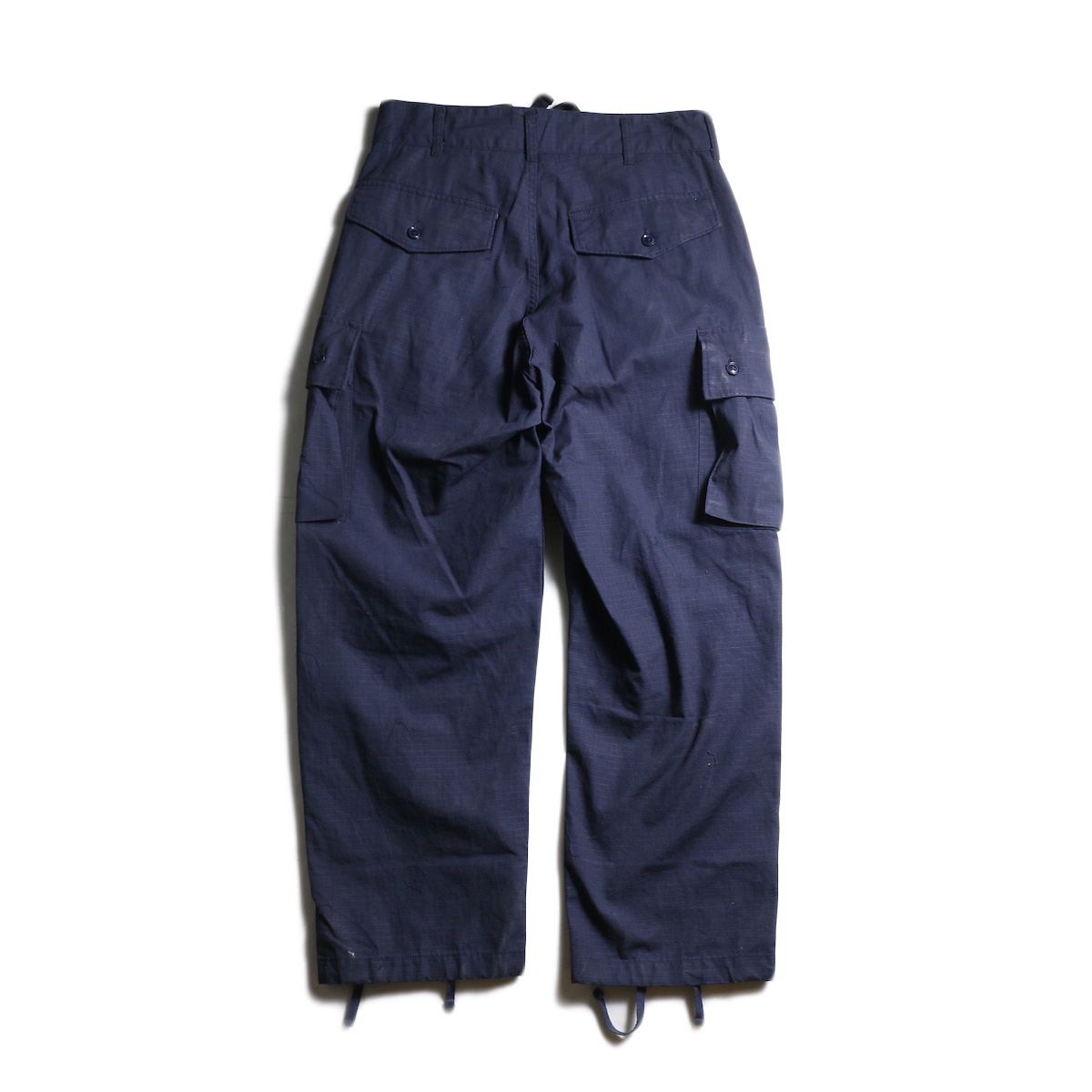 ENGINEERED GARMENTS /  FA Pant -Cotton Ripstop (Navy) 背面