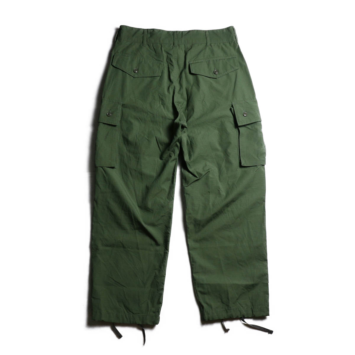 ENGINEERED GARMENTS /  FA Pant -Cotton Ripstop (Olive) 背面