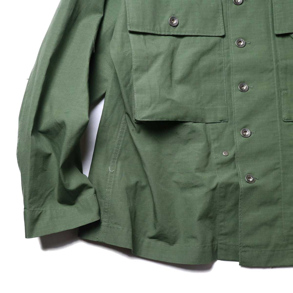Engineered Garments / M43/2 Shirt Jacket -Cotton Ripstop (Olive)裾、袖