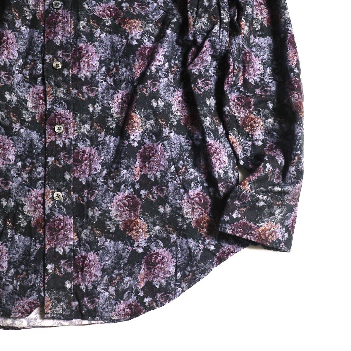 Engineered Garments / Tab Collar Shirt  -Floral Print (Purple)袖、裾