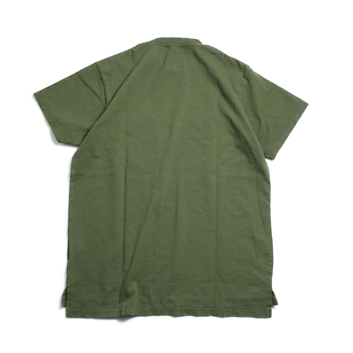 ENGINEERED GARMENTS Workaday / Crossover Neck Pocket Tee -Olive 背面