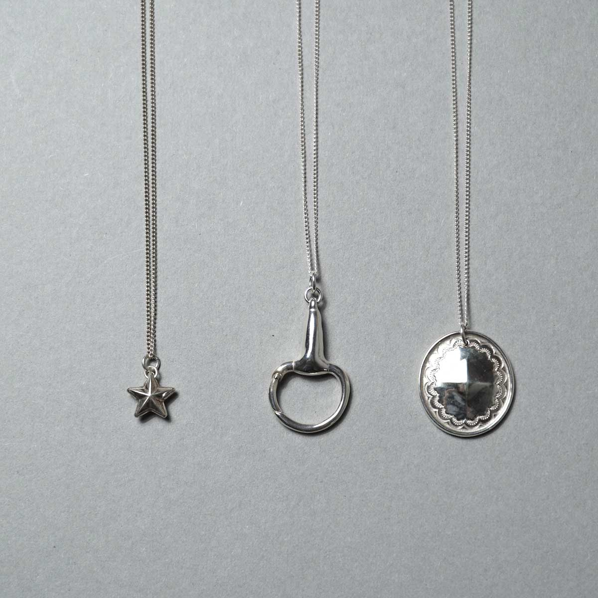 END / Silver Necklace