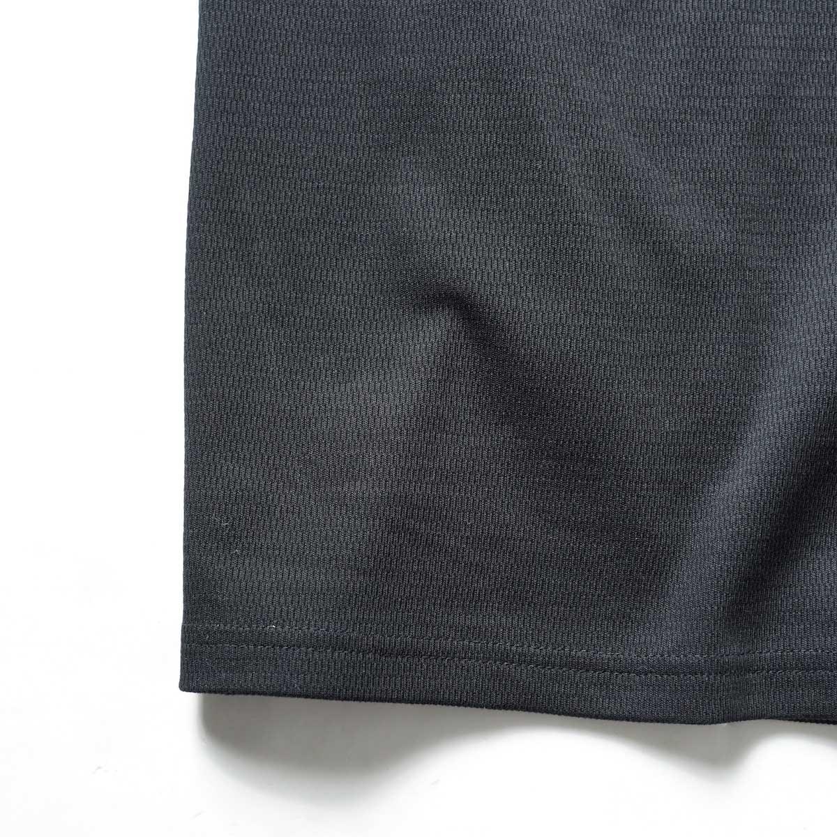 FUTURE PRIMITIVE / FP THERMAL V T-SHIRT (Black)裾