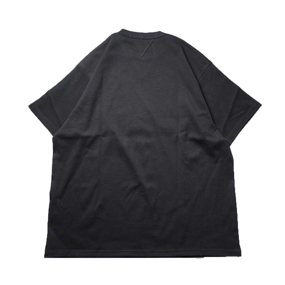 FUTURE PRIMITIVE / FP THERMAL V T-SHIRT (Black)背面