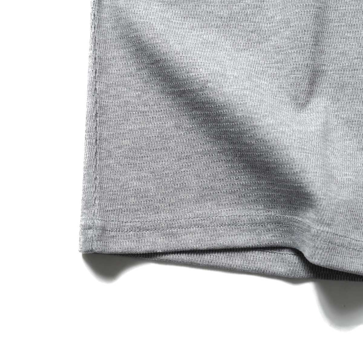 FUTURE PRIMITIVE / FP THERMAL V T-SHIRT (Gray)裾
