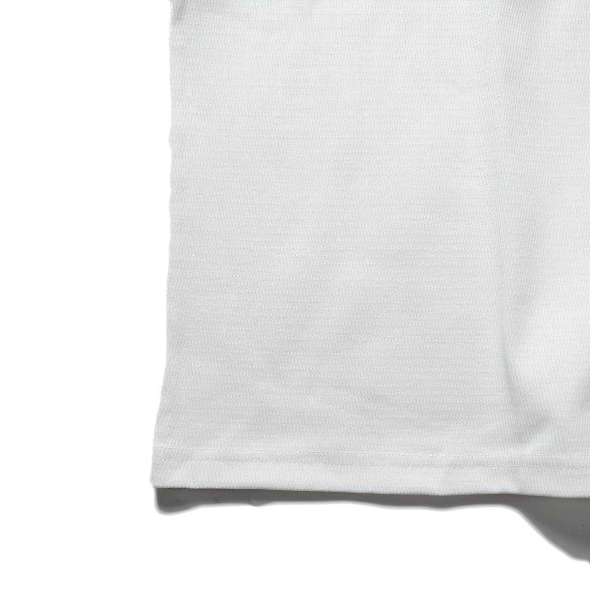 FUTURE PRIMITIVE / FP THERMAL V T-SHIRT (White)裾