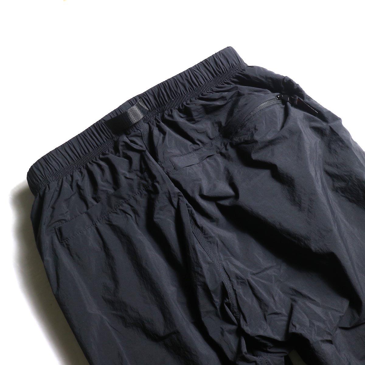 GRAMICCI / Packable Truck Pants (Black) ヒップポケット