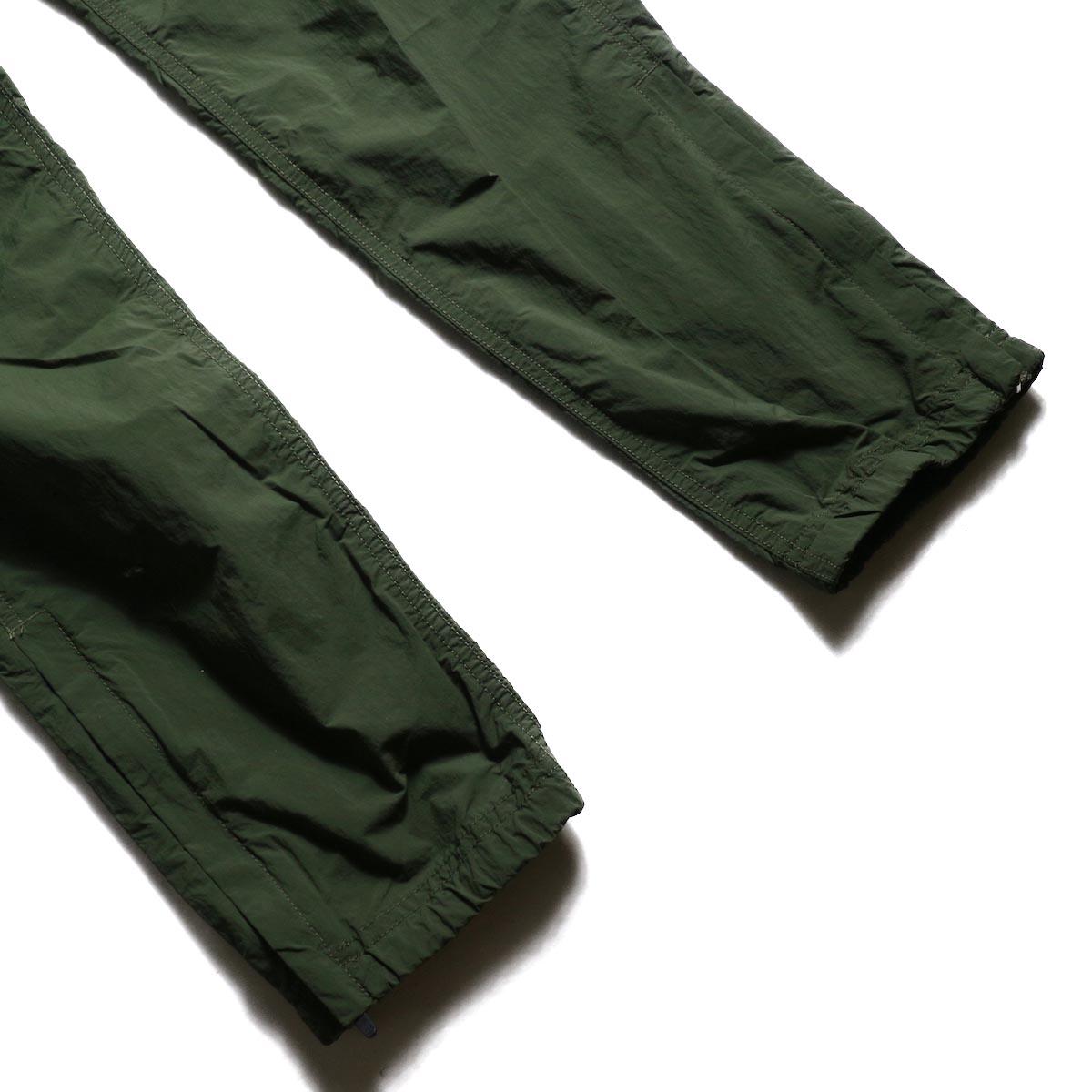 GRAMICCI / Packable Truck Pants (Olive) 裾