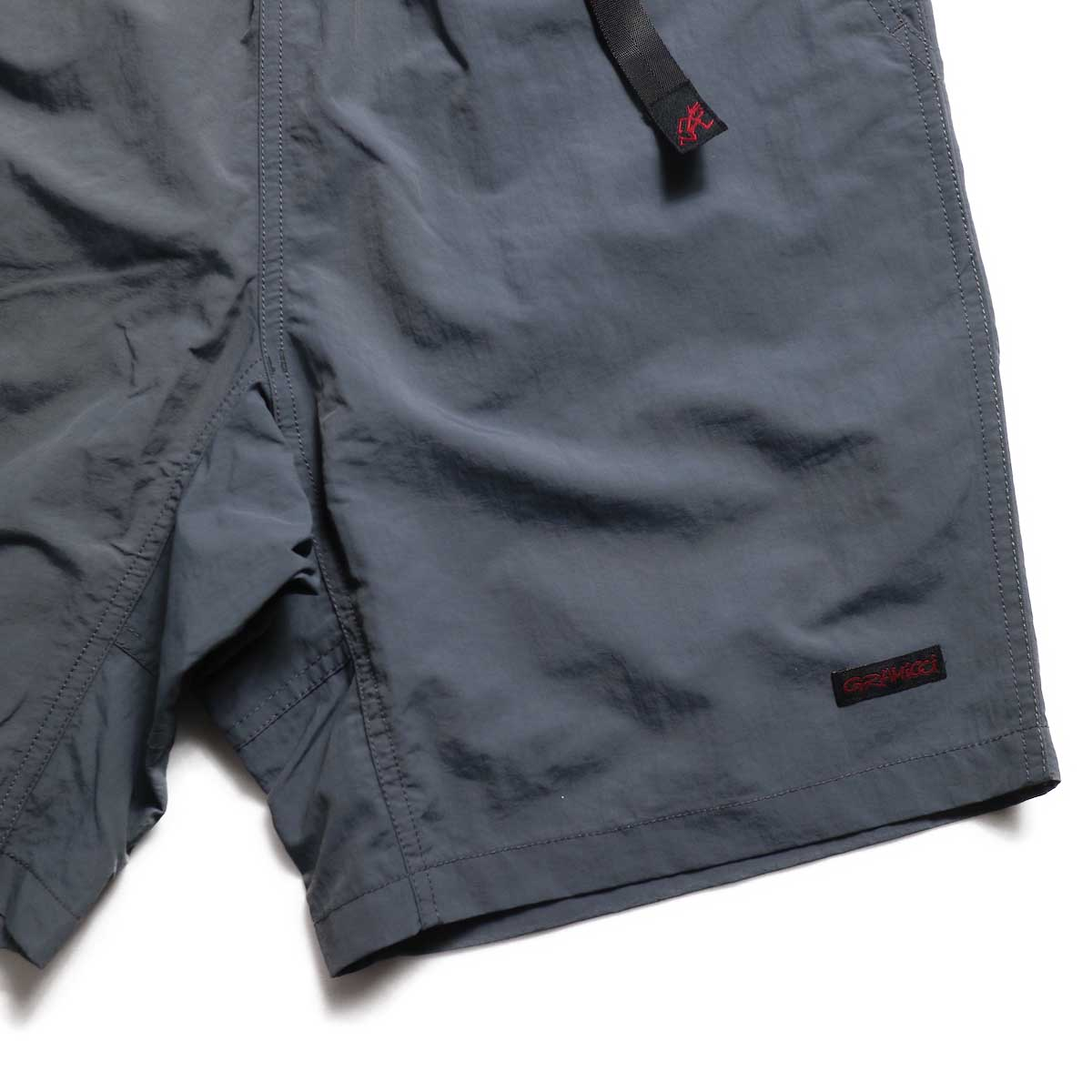 GRAMICCI / Shell Packable Shorts -Charcoal ネームタグ