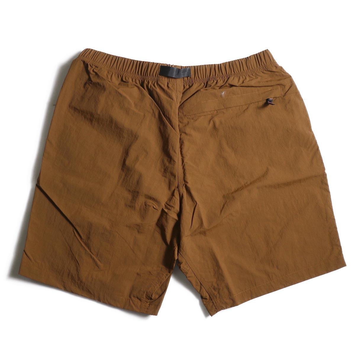 GRAMICCI / Shell Packable Shorts (Mocha)背面