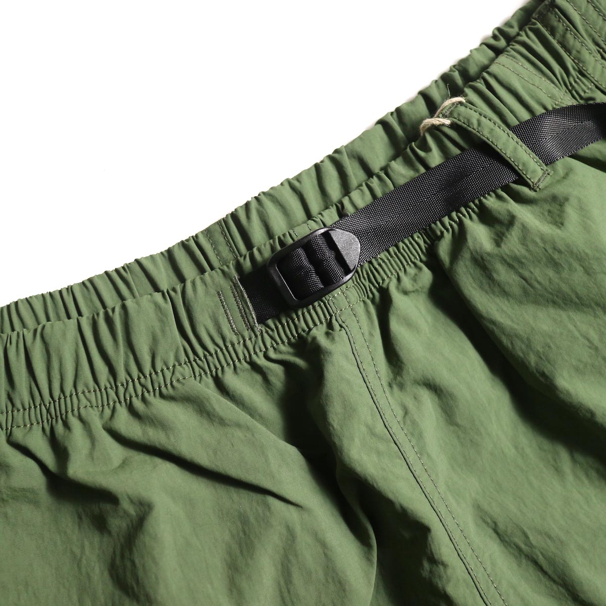 GRAMICCI / Shell Packable Shorts (Olive)ウエスト
