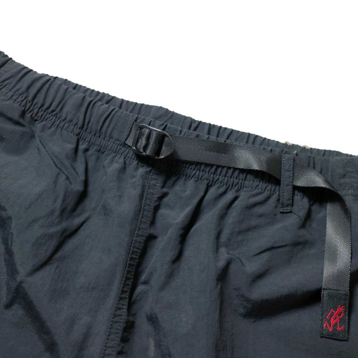 GRAMICCI / SHELL PACKABLE SHORTS (Black)ウエスト